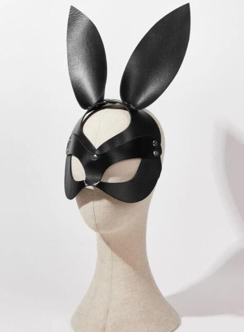 Mascara BDSM modelo Conejito